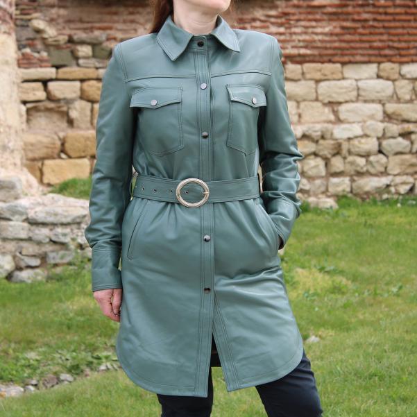Дамска кожена риза цвят петролено зелено