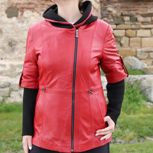 Дамско яке от Агнешка напа цвят червено